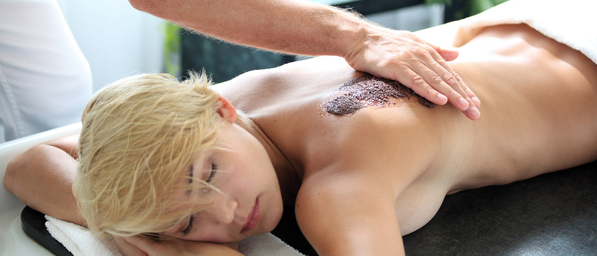 Exfoliation and Softpack body treatment by your choice